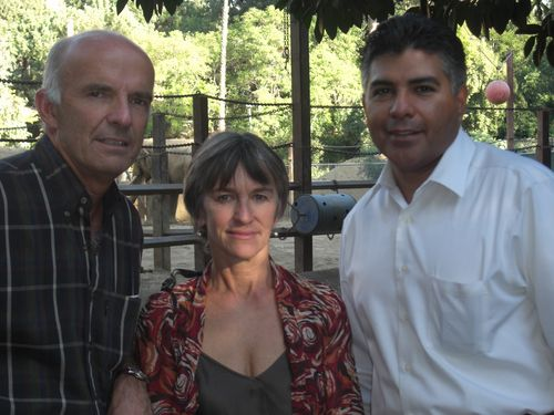 Petter,  Joyce and Councilman Tony Cardenas visiting LA Zoo.