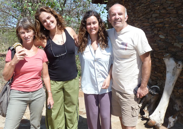 Joyce and Petter with Ana Zinger and Junia Machado - ElephantVoices volunteers from Brazil. (©ElephantVoices)